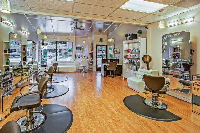 Business Tips from Hair Salons When Running a Digital Agency